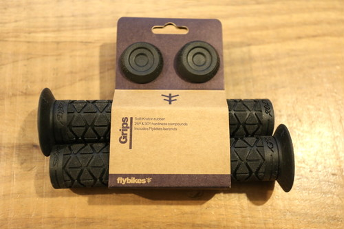 FLY BIKES ROEY GRIPS