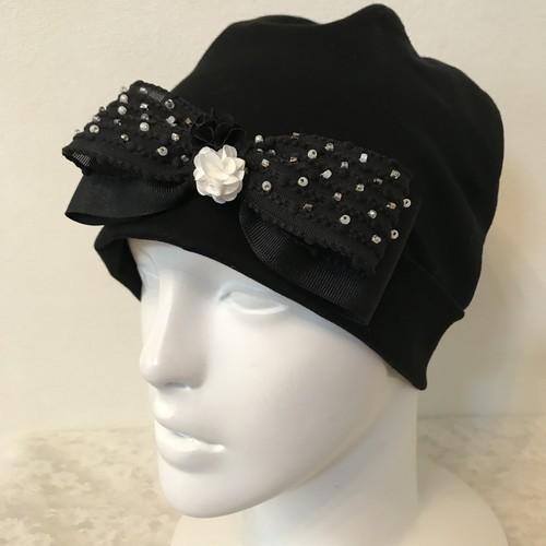 お花とビーズとポップコーンリボンのケア帽子 黒