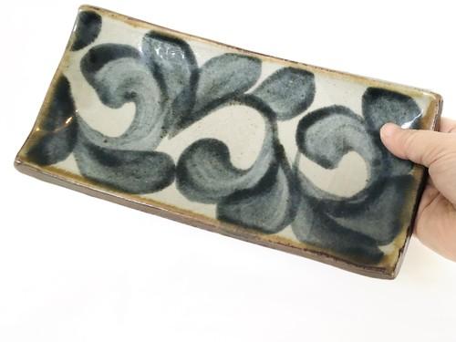 陶器 板皿 (虫の音)
