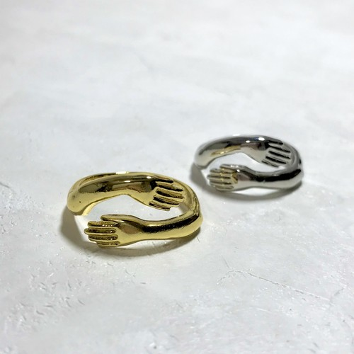 R1007 - Open Ring - Hug