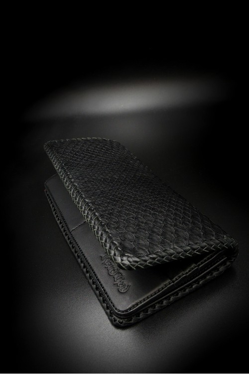 Item No.0360:Draw the wild Wallet/Diamond Pyhon BK / L-fin
