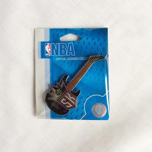 NBA ギター サクラメント キングス SACRAMENTO KINGS バッチ 1392