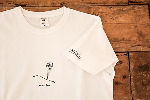 パラグライダー オリジナルイラストTシャツ >>