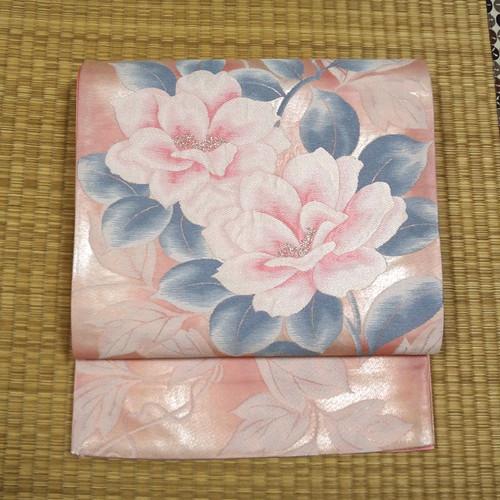 ピンク地に銀糸ぼかし織りと大輪の花 袋帯