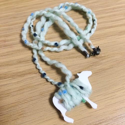 ひつじの手紡ぎ糸ネックレス