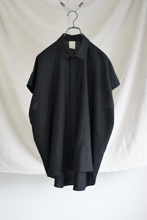 JAN JAN VAN ESSCHE - SLEEVELESS, LOOSE FIT SHIRT (BLACK)