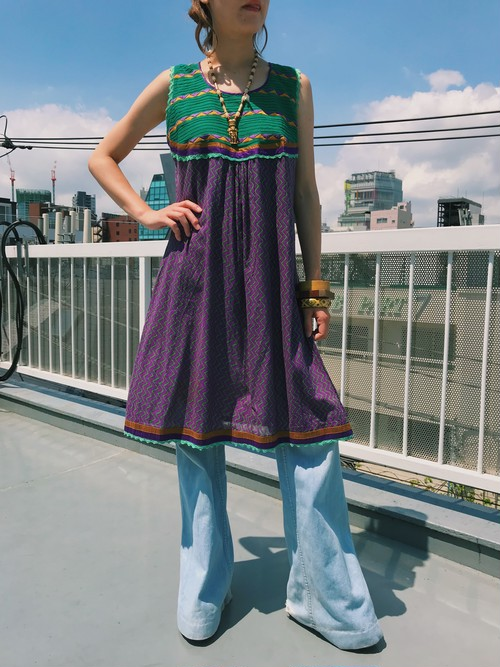 Vintage  green × purple embroidery cotton sleeveless dress ( ヴィンテージ  グリーン × パープル コットン ノースリーブ ワンピース )