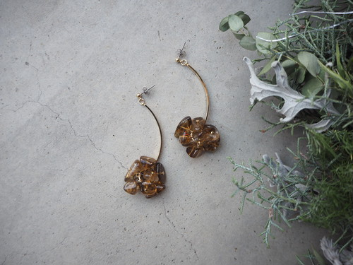 smokey stone swing pierce/earrings