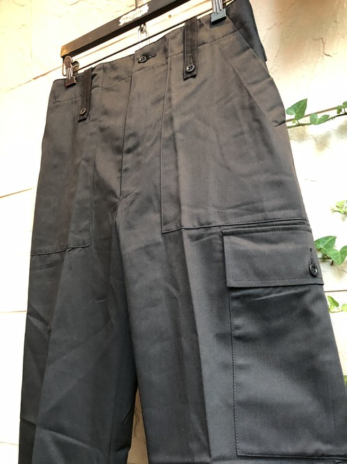 Deadstock 1990s British military black trousers