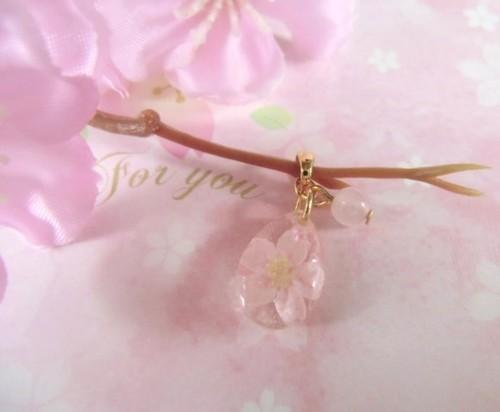 桜のプチドロップペンダント