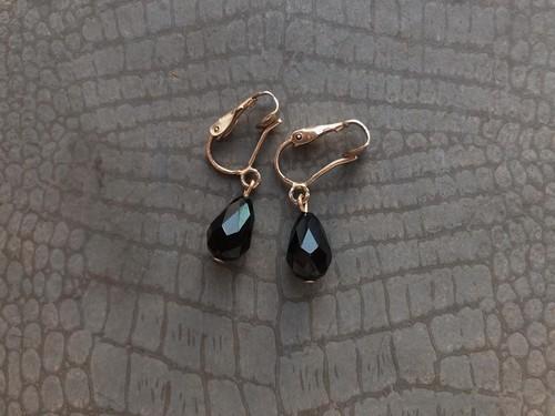 AMERICA vintage earring