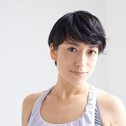 [18C4]6/18(日) 14:00-15:00 鈴木 伸枝/Functional Body Yoga