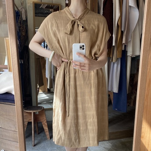 check pettern short sleeve dress