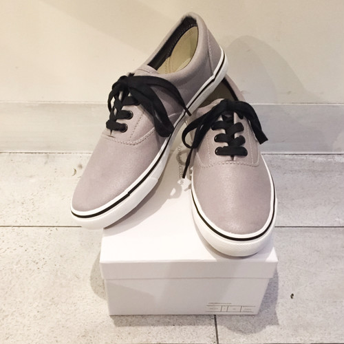 "JOHNLAWRENCESULLIVAN LOW CUT SNEAKER ""GRY"""