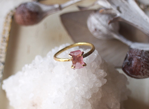 ulala134ulala様オーダー 原石のピンクトルマリンのリング