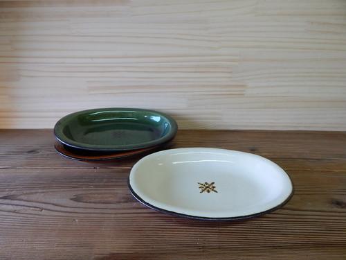オーバル皿【白・緑・茶】