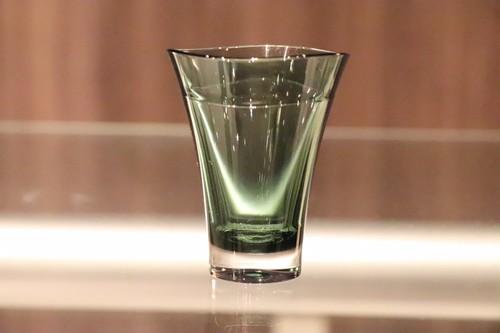 プラキラ(Plakira) ゆらぎ ショットグラス グリーン 60ml 割れない 盃 ぐい吞み 酒器