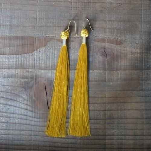 【受注制作】釈迦結びのタッセルピアス-yellow