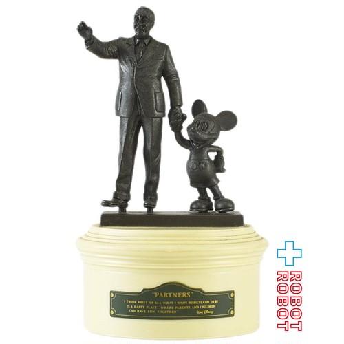 トミー パートナーズ像 ウォルトディズニーとミッキーマウス フィギュアリン