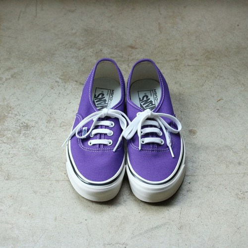 【VANS】 AUTHENTIC 44DX