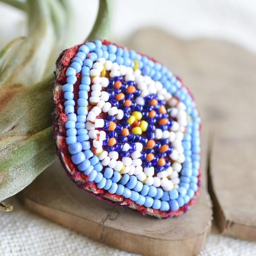アフガニスタンのアンティークビーズ刺繍ブローチ【G】