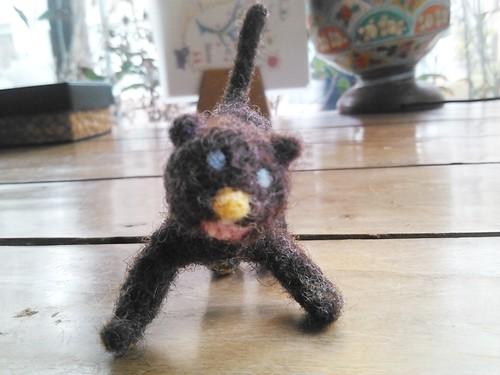 黒豹 羊毛人形