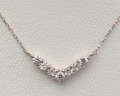 【wing】ダイヤモンド7石 ペンダントネックレス