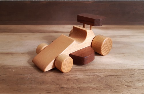 木のおもちゃ F1カー