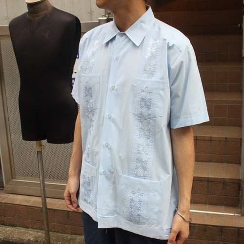 Short sleeve poly cotton cuba shirt