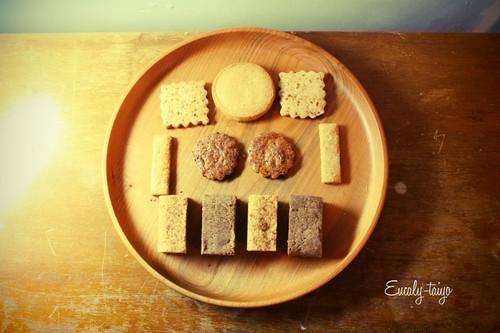 いろいろクッキーの箱