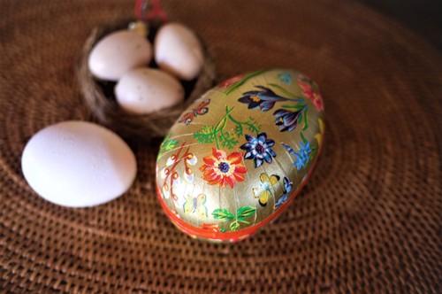 イースター エッグ 春の花 紙製卵型容器 ドイツ ヴィンテージ 復活祭  オーナメント 紙製容器