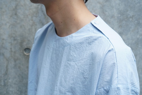 Light blue cut and sewn