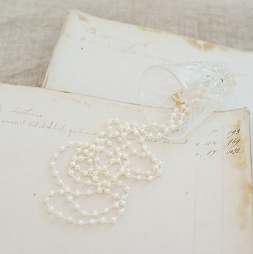 long necklace silk 淡水パール シロ1