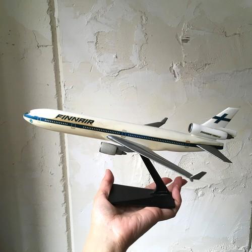 Finnair model MD-11 vintage