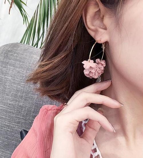 0133 送料無料 韓国 ピアス お花 アクセサリー かわいい ピンク