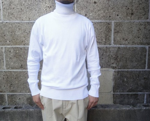gicipi (ジチピ) COTONE SOFT TURTLE NECK LS ホワイト