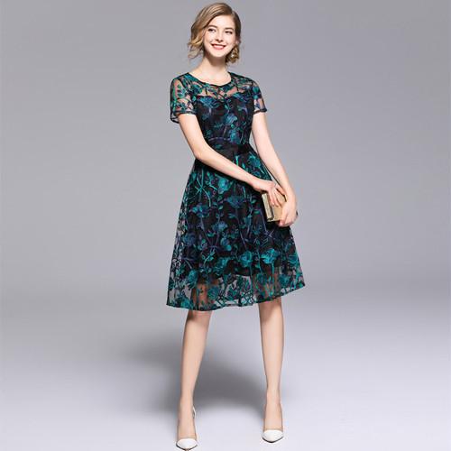 【即納・国内在庫】Medium Dress Stdm535