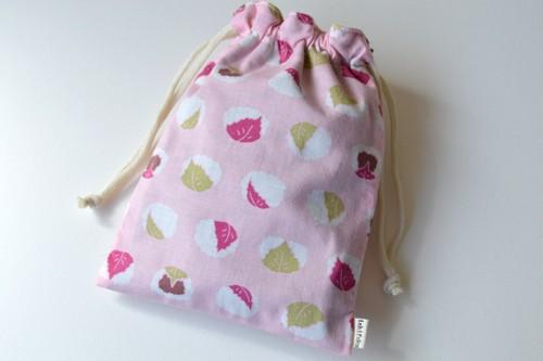 ポンっと入れてバッグの中をすっきりお片付けシンプルが使いやすい・巾着袋 桜餅 和菓子【 Simple 】