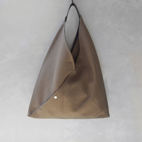 CaBas N°39Triangle Tote Medium BeigeKhaki/Navy
