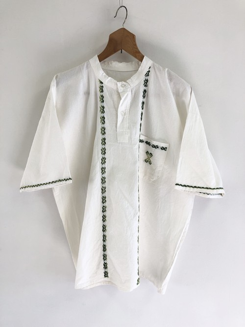 Embroidery Pullover Linen Shirt