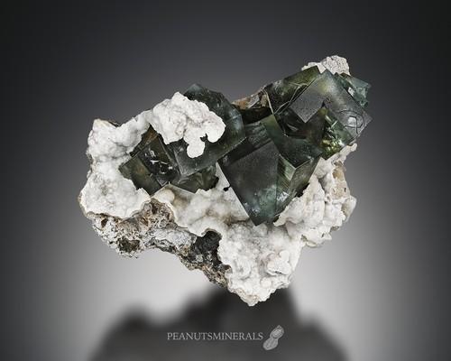 フローライト / カルサイト【Fluorite with Calcite】イングランド産