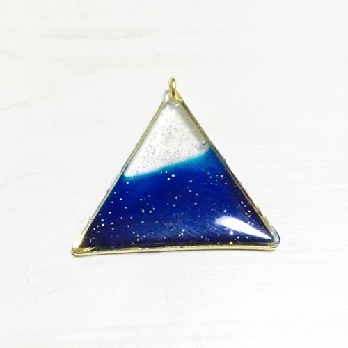 三角/blue