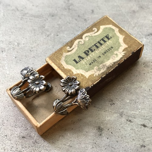 Vintage Botanical Motif Silver Earrings / ヴィンテージボタニカルモチーフイヤリング