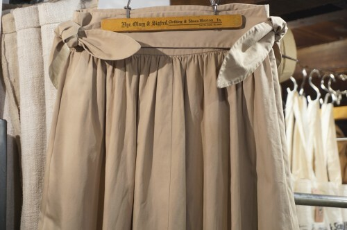 70's VALENTINO MISS V. tied Skirt