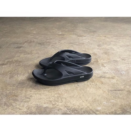 OOFOS(ウーフォス)OOriginal  Recovery Sandals BLACK