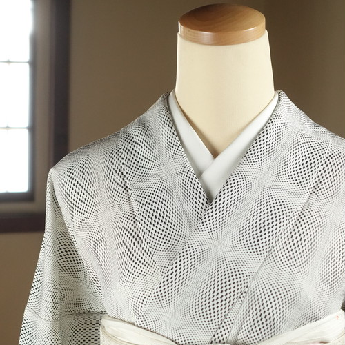 単衣・幾何学(167cm・72cm) 正絹小紋【1638】