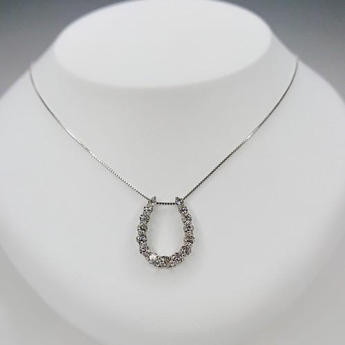 馬蹄  ダイヤモンド1.00ct  ネックレス ●