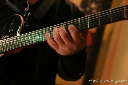 初級アコースティックギターレッスン