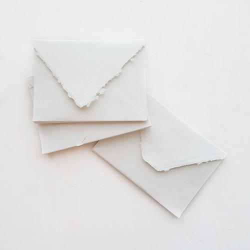 ハンドメイドペーパー 封筒 オフホワイト 3枚入り/Off White Small Envelopes - C6