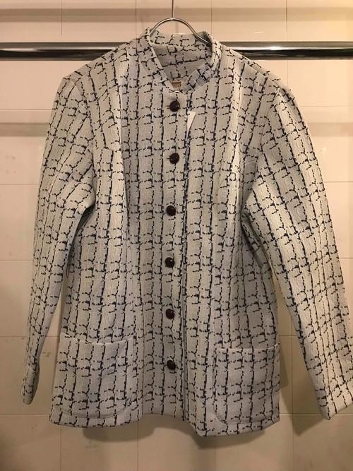 ジャガード織りのジャケット